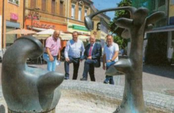 PRN-spendet-3000-Euro-fuer-Otmar-Alt-Brunnen-Wiesloch-622x1024-klein